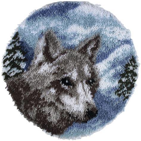 wolf latch hook rug kits wonderart latch hook kit 24 quot lone wolf accessories yarnspirations