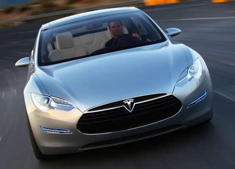 Tesla Partners Toyota Partners Up With Tesla For Ev Development