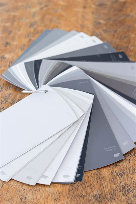 how to pick the perfect gray paint a popular color how to choose the perfect gray paint bless er house