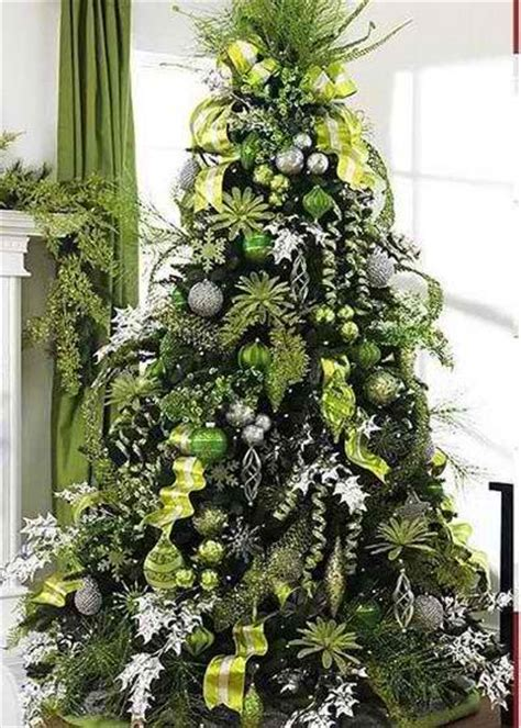 37 inspiring tree decorating ideas decoholic - Green Tree Decorations