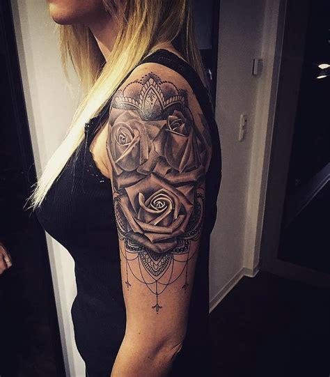 mandala tattoo frau  coole tattoos   frauen und ihre