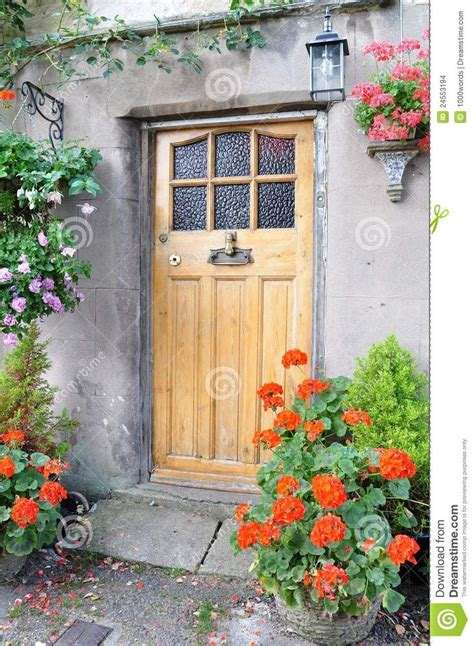 Cottage Front Door 23 Best Images About Front Doors On Cottages Cornwall And Side Door