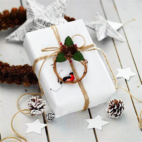 creative ways to wrap christmas gifts 40 most creative gift wrapping ideas design swan