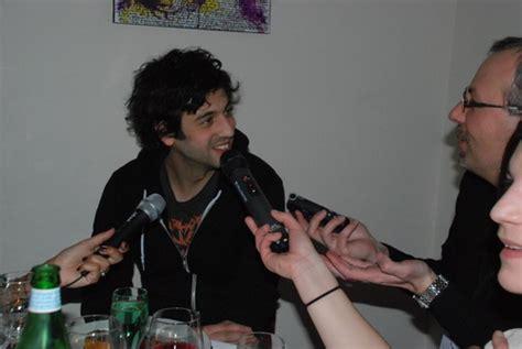 chanson max boublil joyeux noel interview de l acteur max boublil pour le film les gamins