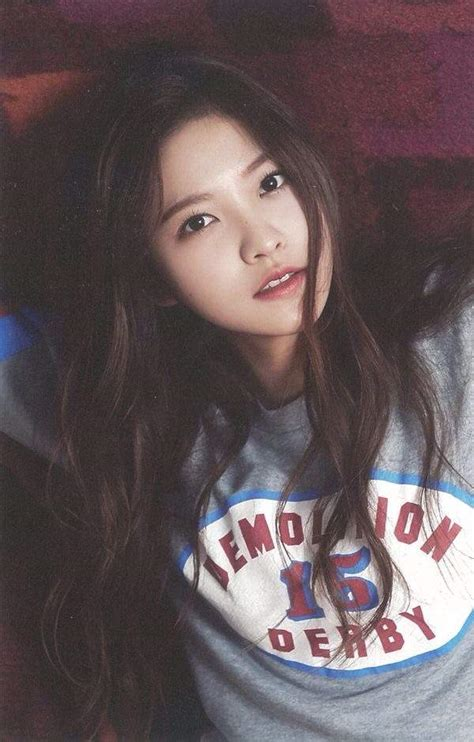 how to what hair color looks best on you which hair color looks best on yeri k pop amino