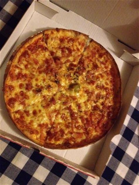 pizzeria a casa pizza de la casa photo de pizzeria la competencia