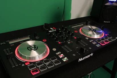 Numark Mixtrack Pro Iii All In One Usb Dj Controller Limited the numark mixtrack pro 3 all in one dj controller