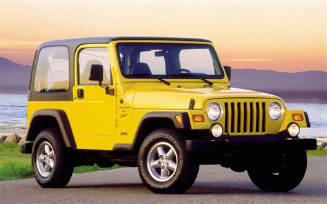 With Jeeps 2004 Jeep Wrangler Image 4