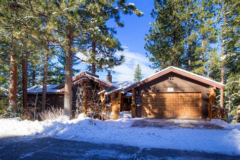 lake tahoe house rentals heavenly tree house at lake tahoe ra45084 redawning