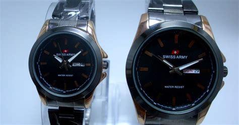 Jam Tangan Swiss Army Rantai Black Gold Harga Sepasang arloji arloji swiss army tali rantai