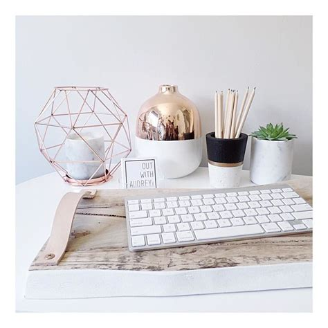 desk decor best 25 clear desk ideas on pinterest glass desk glass