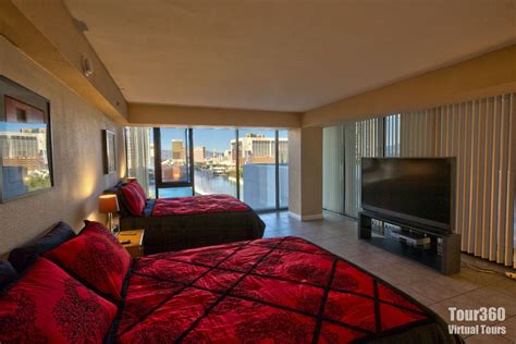 las vegas hotels suites 3 bedroom three bedroom las vegas penthouse las vegas luxury suite