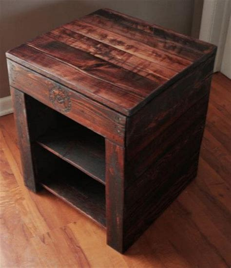 diy bed table diy pallet wood side table plans pallet wood projects
