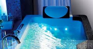 s 233 lection de baignoires baln 233 o 224 installer chez soi