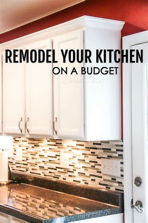 looking for cheap kitchen cabinets inexpensive kitchen cabinets that look expensive