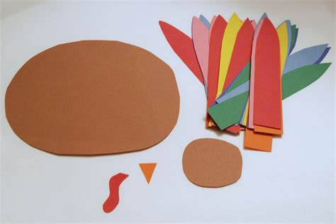 How To Make A Turkey Out Of Paper - thankful turkeys endlessly inspired