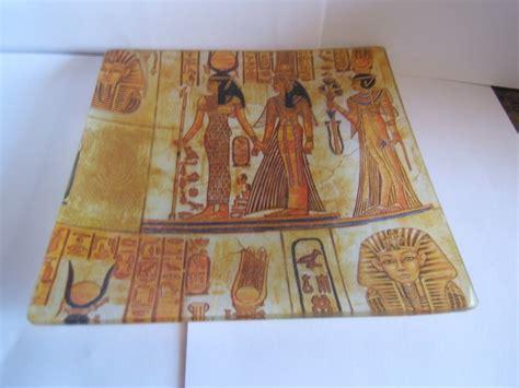 tutorial decoupage en cristal bandeja en cristal y decorada con motivos egipcios