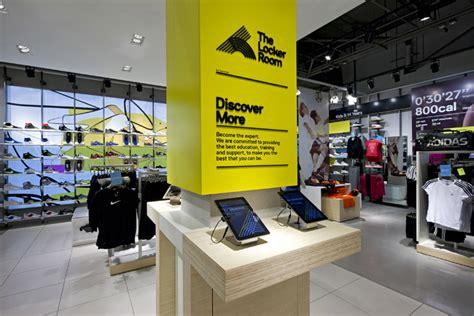 locker room store the locker room by foot locker by dalziel and pow uk 187 retail design