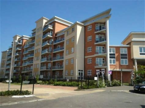 2 bedroom flat to rent in south harrow 2 bedroom apartment to rent in bridge court stanley
