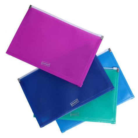 Zipper Bag Frozen Uk A5 by Staples Zipper Bag A5 Green Plastic Staples 174