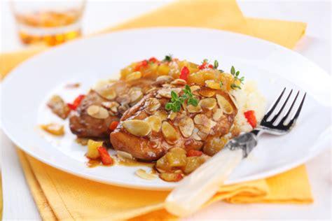 cucina cinese pollo alle mandorle pollo alle mandorle della cucina cinese tomato
