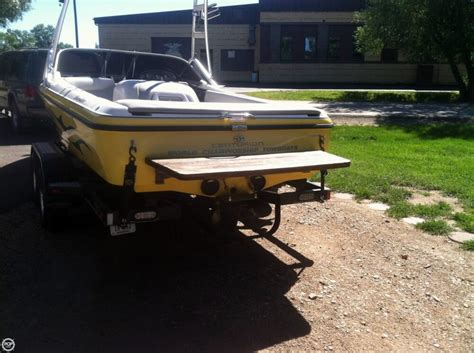 centurion boats montana 2006 used centurion t5 ski and wakeboard boat for sale