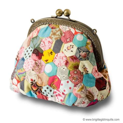 hexagon tote bag pattern little hexagon purse pattern this is a gotta do bags