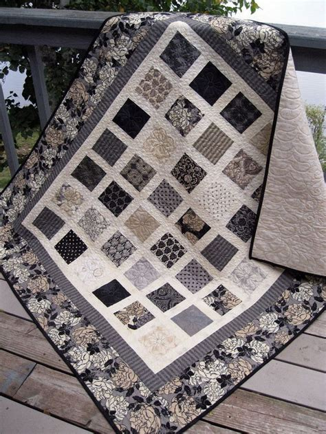 grey pattern quilt 679 best charm pack patterns images on pinterest