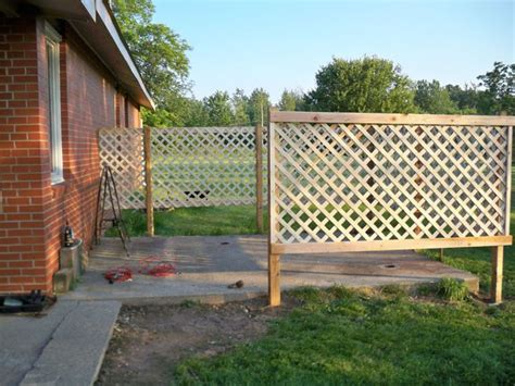 backyard privacy wall hot to build a lattice fence woodworking projects plans
