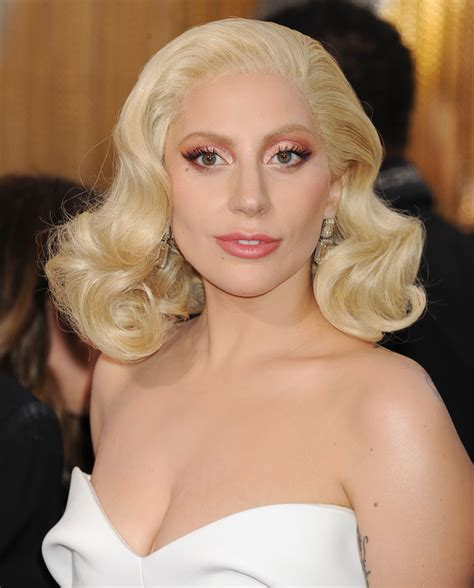 guess gaga 2016 31 of the best looks at the oscars beautyeditor