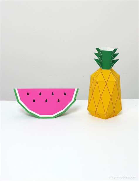 How To Make A Pineapple Out Of Paper - 25 pineapple crafts free printables diy goodness