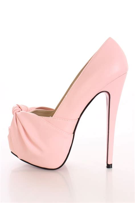 pale pink high heels qu heel