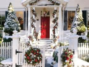 Holiday Decorations For The Home by 50 Amazing Outdoor Christmas Decorations Digsdigs