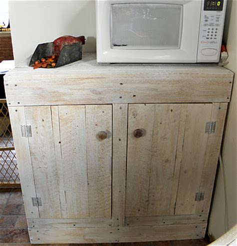 How To Make Rustic Kitchen Cabinets Remodelaholic How To Make A Rustic Pallet Cabinet