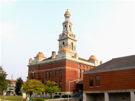 county courthouse tn file sevier county tn courthouse jpg wikimedia commons