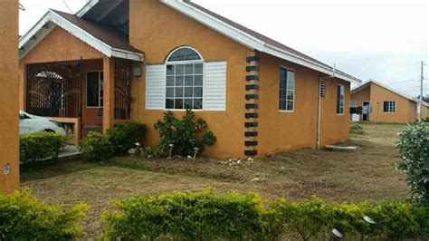 2 bed house for rent 2 bedroom house for rent for sale in old harbour jamaica for 35 000