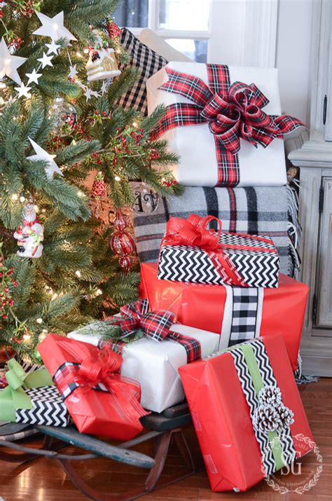 best wrapped christmas presents 10 best gift wrapping tips stonegable