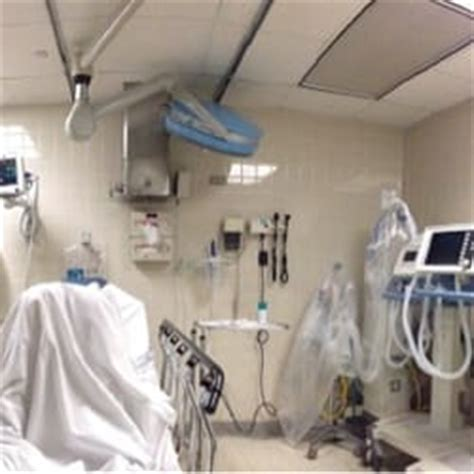 covenant hospital emergency room swedish covenant hospital hospitals lincoln square chicago il yelp
