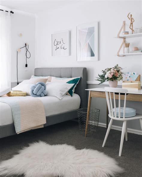 small teenage bedroom decorating ideas decosee com kate s teenage bedroom makeover oh eight oh nine