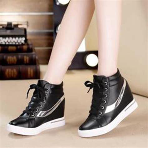 Sneakers Wanita Sepatu Wanita by Jual Beli Sepatu Boots Wanita Sneakers Korea Sbo100