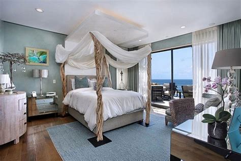 beach house bedroom ideas california beach house spells luxury and class