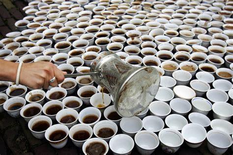tre tazzine di caff 232 171 tre tazzine di caff 232 al giorno non fanno alla salute