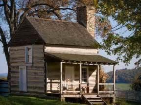 building log cabin homes home design building a small log cabin idea for building a log cabin tennessee cabin rentals
