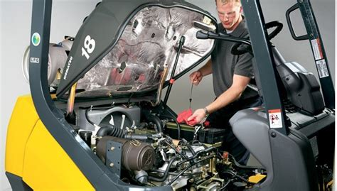 Forklift Mechanic by Service Dobmeier Lift Trucks Lpm Parts Of Buffalo
