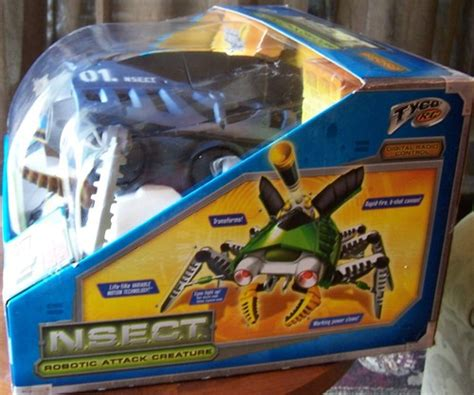 Tyco Nsect Robotic Attack Creature by Tyco R C N S E C T Robotic Attack Creature