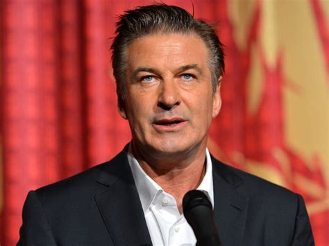 Alec Baldwin Calls The Paramedics by Alec Baldwin Calls For Anthony Weiner To Quit Mayoral Race