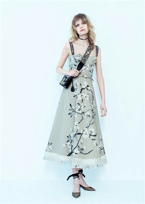 10436 Dress Agora Limited 1966 best fashion style trend lookbook images on hadid fall season