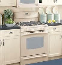 Bisque Kitchen Cabinets by Bisque Color Kitchen On Pinterest Cream Cabinets Cherry