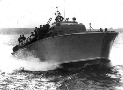 pt boat used in mchale s navy movie ww2 pt boat crew pictures to pin on pinterest thepinsta