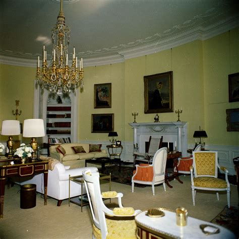 yellow oval office kn c19844 yellow oval room white house john f kennedy